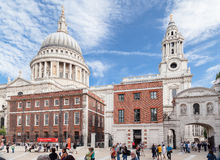 Helgon Paul Cathedral Paternoster Square London Royaltyfria Foton