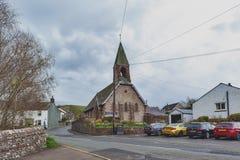 Helgon Paul Church i den Pooley bron, en liten by nära sjön Ullswater i sjöområdet, England fotografering för bildbyråer