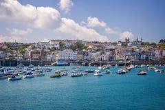 Helgon Peter Port, Guernsey Royaltyfria Bilder