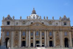 Helgon Peters Basiiica, St Peters Square, Rome Royaltyfri Bild