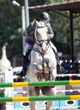 HELGON PETERSBURG-JULY 06: Rider Maxim Kryna på utmanare 37 in Arkivbild