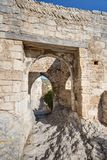 Helgon-Saturnin-les-benägna - Luberon - Provence - Frankrike Arkivfoton