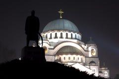 Helgon Sava Temple i Belgrade på natten Royaltyfri Foto