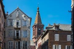 HelgonAmans kyrka i Rodez, Frankrike fotografering för bildbyråer