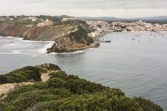 Helgonet Martinho gör den Porto hamnen Arkivfoton