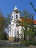 HelgonGothard kyrka, centrala Bohemia, Tjeckien royaltyfri fotografi