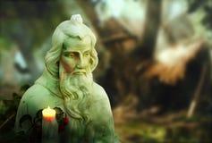 Helgonlik staty Royaltyfri Bild