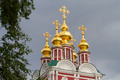 Helhet av den Novodevichy kloster i Moskva, Ryssland arkivbild