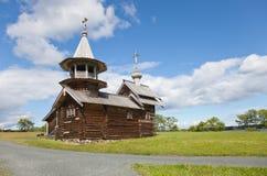Helhet av Kizhi Pogost och objekt av träarkitektur arkivbilder