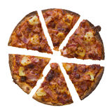 Helhet av pizza som isoleras över vit bakgrund Royaltyfria Foton