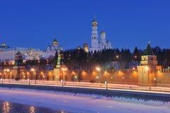 helhetkremlin moscow natt russia Royaltyfria Bilder