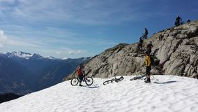 Heli drop biking on Rainbow Mountain. In Whistler bike park, British Columbia Canada Stock Photos