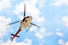 Helicóptero com piloto imagens de stock royalty free