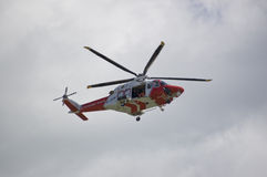 Helicóptero da guarda costeira de Portland Imagens de Stock