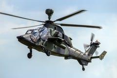 Helicóptero de ataque del tigre del ejército alemán imagenes de archivo