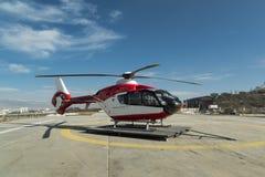 Helicóptero de la ambulancia foto de archivo