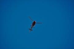 Helicóptero del cielo azul Imagen de archivo