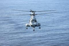 Helicóptero del Cuerpo del Marines de CH-46E foto de archivo libre de regalías