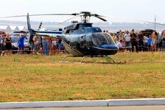 Helicóptero del deporte en airshow Fotografía de archivo