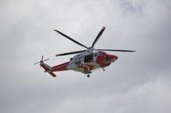 Helicóptero del guardacostas de Portland Imagenes de archivo