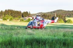 Helicóptero derecho del rescate Imágenes de archivo libres de regalías