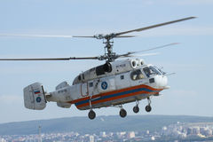 Helicóptero do salvamento de Kamov Ka-32 Fotografia de Stock