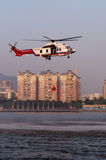 Helicóptero do salvamento EC225 fotos de stock