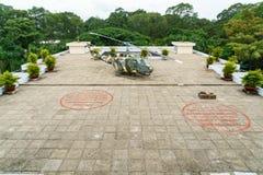 Helicóptero en el top del palacio de la independencia Foto de archivo libre de regalías