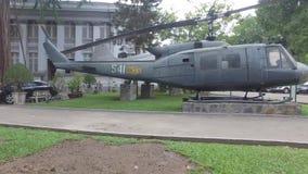 Helicóptero en la ciudad de Ho Chi Minh, Vietnam