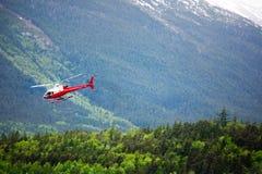 Helicóptero na região selvagem de Alaska Fotos de Stock Royalty Free
