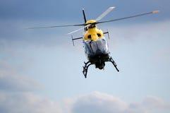 Helicóptero policial Foto de archivo