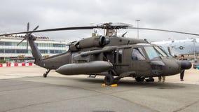 Helicóptero preto do falcão de Sikorsky UH-60 Fotos de Stock Royalty Free