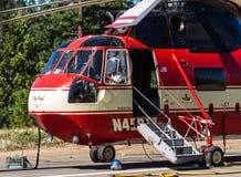 Helicópteros do bombeiro imagens de stock royalty free