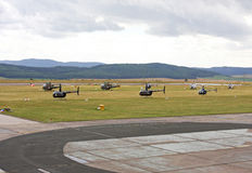 Helicópteros en la estación aérea Foto de archivo libre de regalías