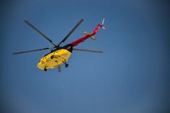 Helicopter delivering material Royalty Free Stock Photo