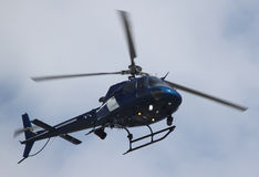 Helicopter passing by Royalty Free Stock Photos