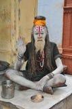 helig india mansadhu varanasi arkivbilder