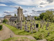 Helig ohyfsad kyrkogård i Stirling, Skottland royaltyfri bild