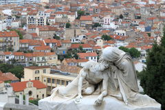 Helig skulptur nära Notre Dame de la Garde, Marseille, Frankrike Arkivfoto