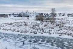 Helig skyddskloster i Suzdal Royaltyfri Fotografi