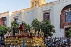 Helig vecka i Seville, brödraskap av San Esteban Fotografering för Bildbyråer