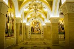 Heliga frescoes i St sparar tempelkryptan i Belgrade royaltyfria foton