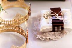 Heligt vatten på den guld- cirkeln snör åt på Royaltyfri Bild