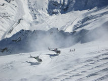 Helikopter het Ski?en Zwitserse Alpen St Moritz Stock Fotografie
