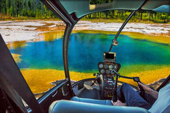 Helikopter i Yellowstone Royaltyfri Bild