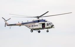 Helikopter Mil Mi-17 på airshow Arkivbild