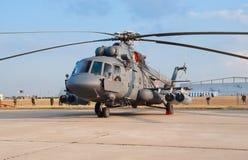 Helikopter som kan användas till mycket för Mi-8AMTSh Arkivfoton