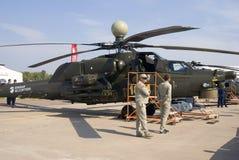 Helikopter som visas på den internationella rymdsalongen för MAKS Arkivbild