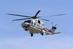 Helikopterbaksida från en oljeplattform Arkivbild