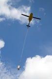 Helikopterlyftande betong Royaltyfria Foton